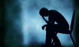 هل يوجد رابط بين الاكتئاب والألم الوجهي الفموي؟